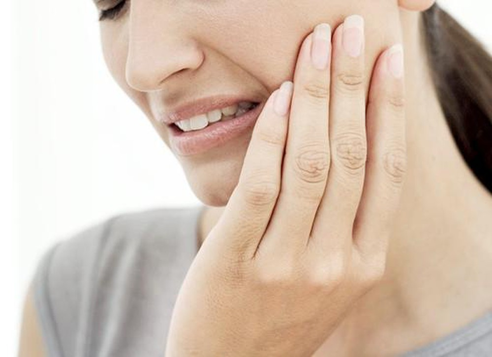 Đau quai hàm bên trái: Nguyên nhân, triệu chứng và cách khắc phục