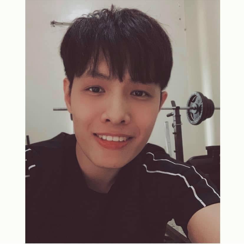 Chàng trai 9x sở hữu một gương mặt Hàn Quốc điển trai nhờ niềng răng móm 2 năm 3 tháng